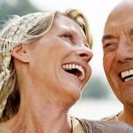 Implante dentário x Prótese. Qual é a diferença e como escolher o tratamento adequado?